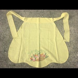 Vintage Embroidered Yellow Apron Flowers Basket